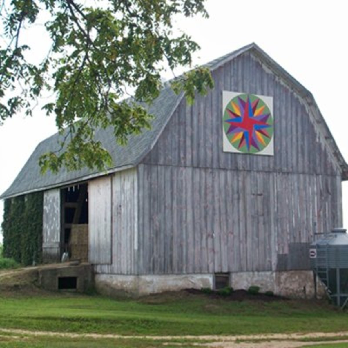 Quilt Patterns On Wisconsin Barns : Barn Quilts ... Covering Barns Across Rural America