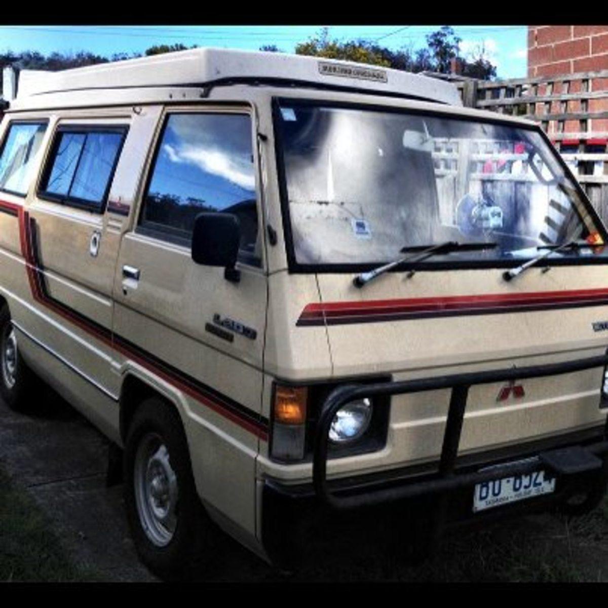 1983 Mitsubishi L300 Pop-top Camper-van.