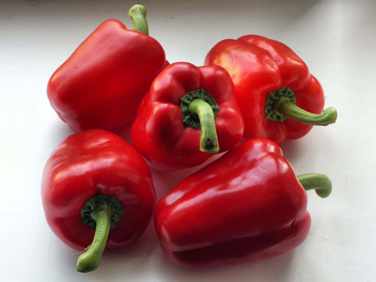 Red bell peppers are a great ingredient for tomato sauce substitutes.