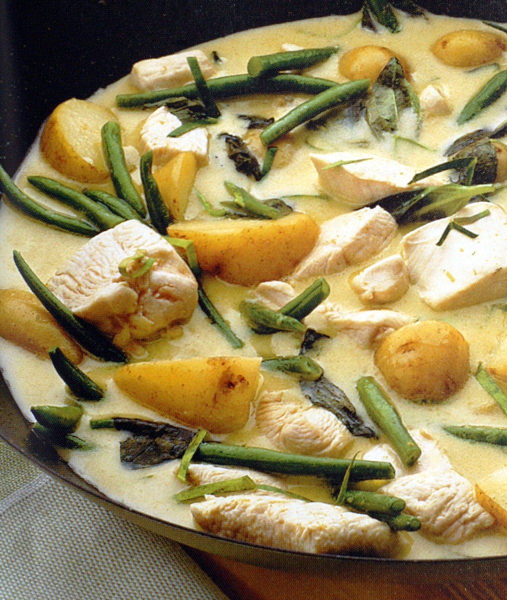 5-2 Diet Recipe: Thai Green Chicken Curry and Rice