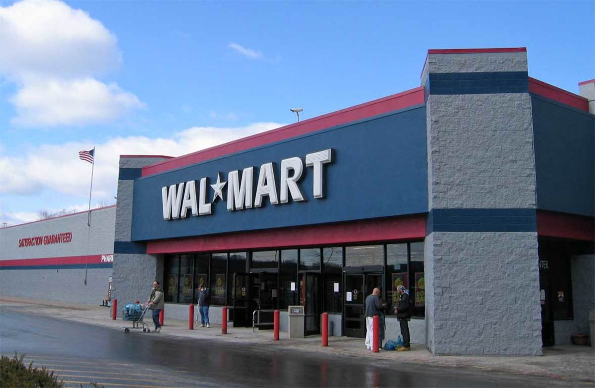 Why You Should Never Work for Walmart