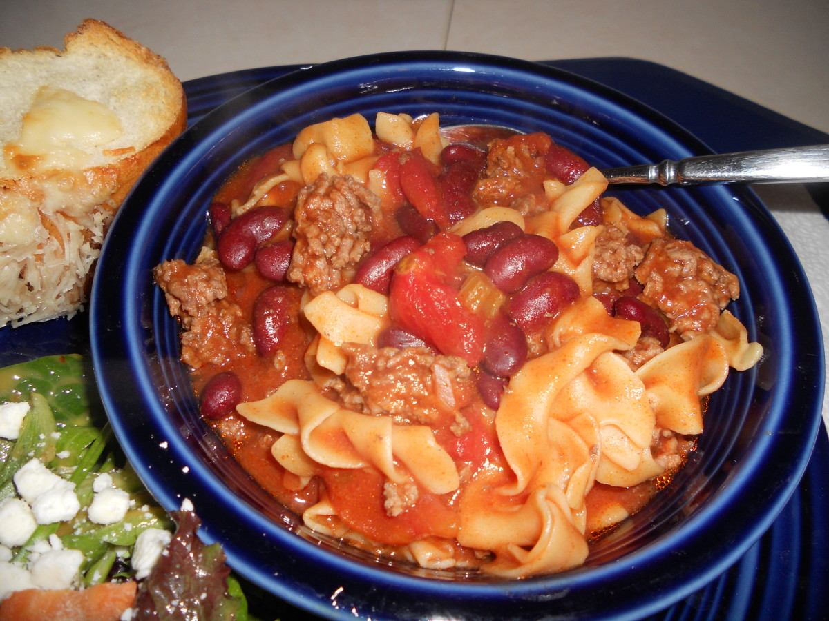grandmas-heirloom-northern-egg-noodle-chili-easy-and-under-30-minutes