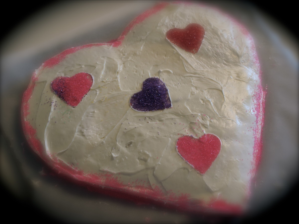 How to Make a Heart Shaped Cake - A Step by Step Guide