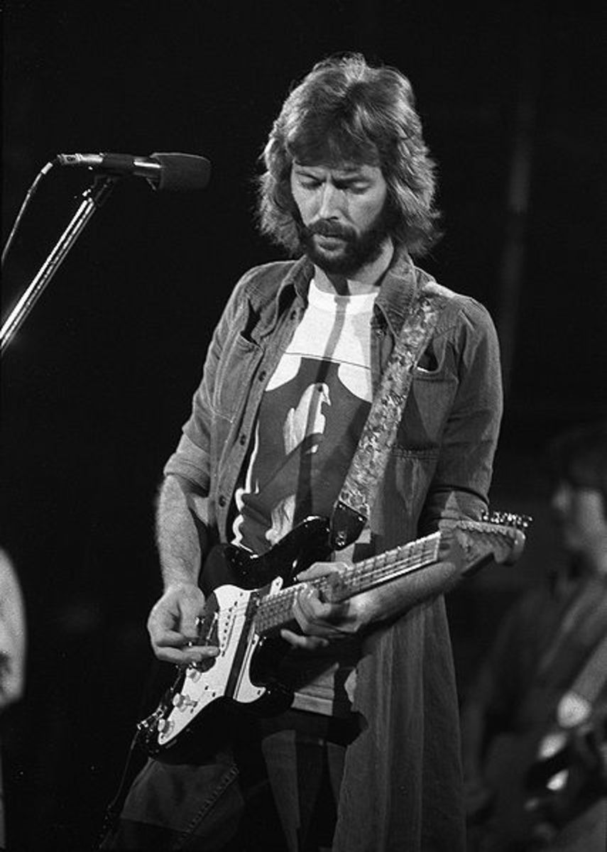 """Clapton plays """"Blackie"""" in 1975"""