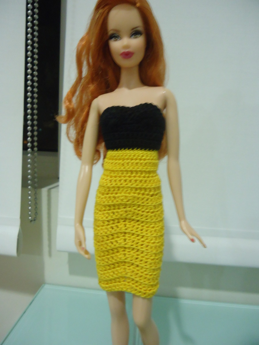 Barbie Strapless Pencil Dress (Free Crochet Pattern)