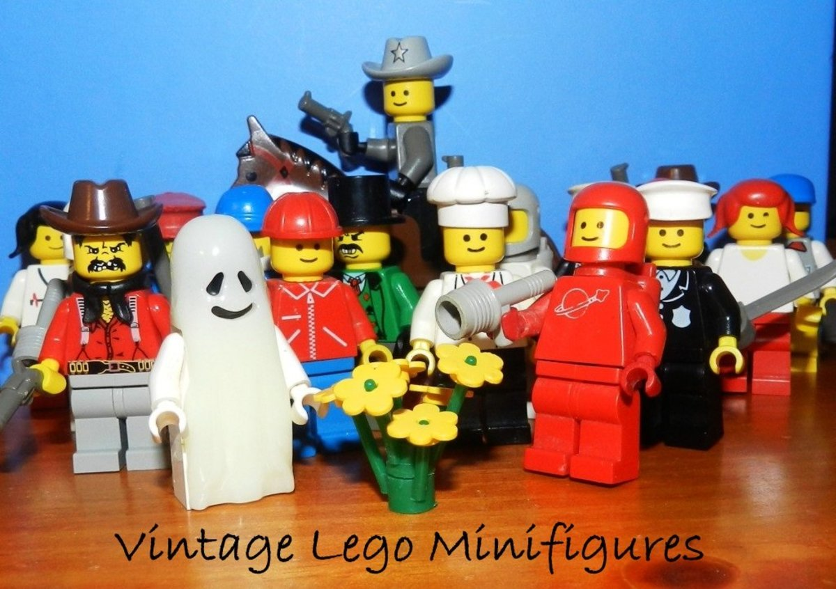 Vintage Lego Minifigures From Classic Lego Sets