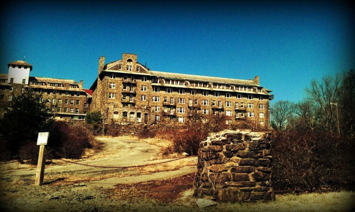 Abandoned Honeymoon Resorts Of The Pocono Mountains