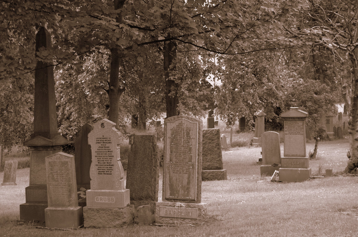 Pennsylvania Haunted Cemetery (Based on a True Story)