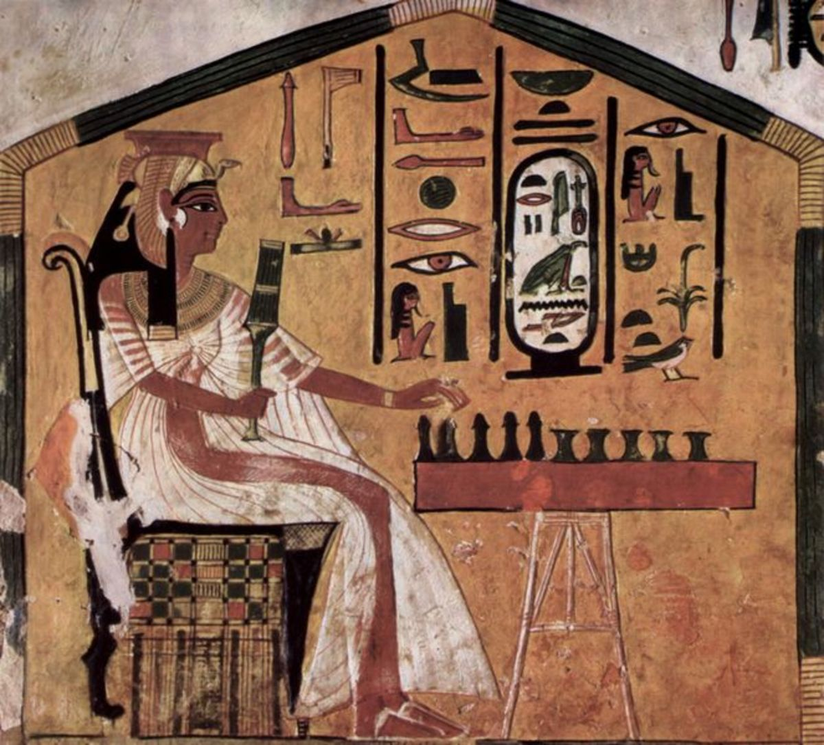 Scene from Queen Nefertari's tomb, depicting her playing the game of Senet, circa 1298 to 1235 BCE.  Source: The Yorck Project.