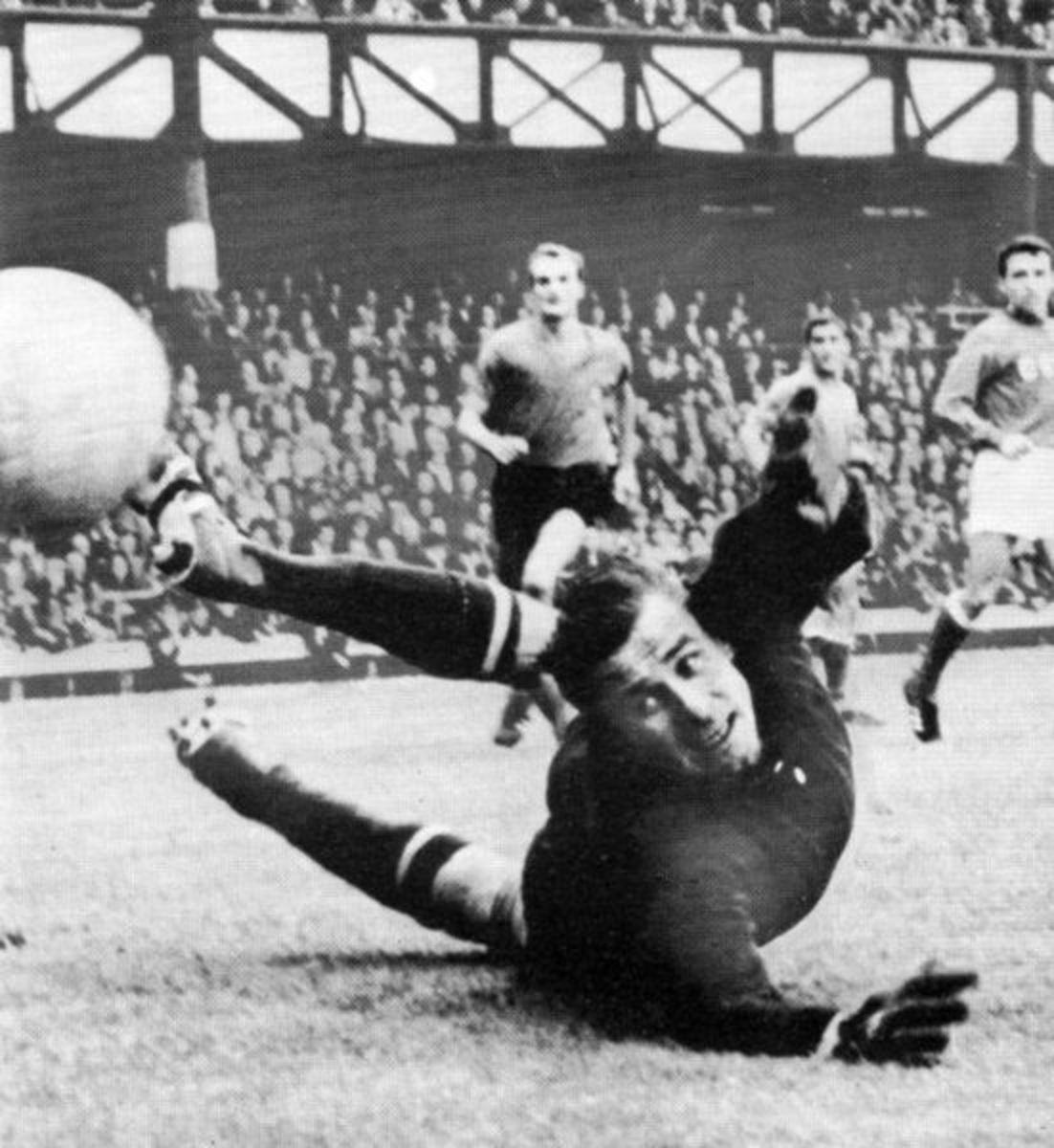 Lev Yashin the Goalkeeper