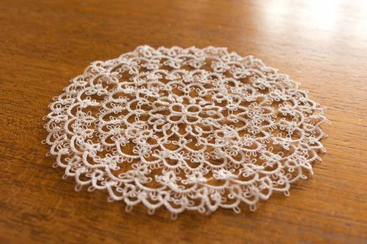 Tatted Doily. CC BY-ND 2.0, via Flickr.