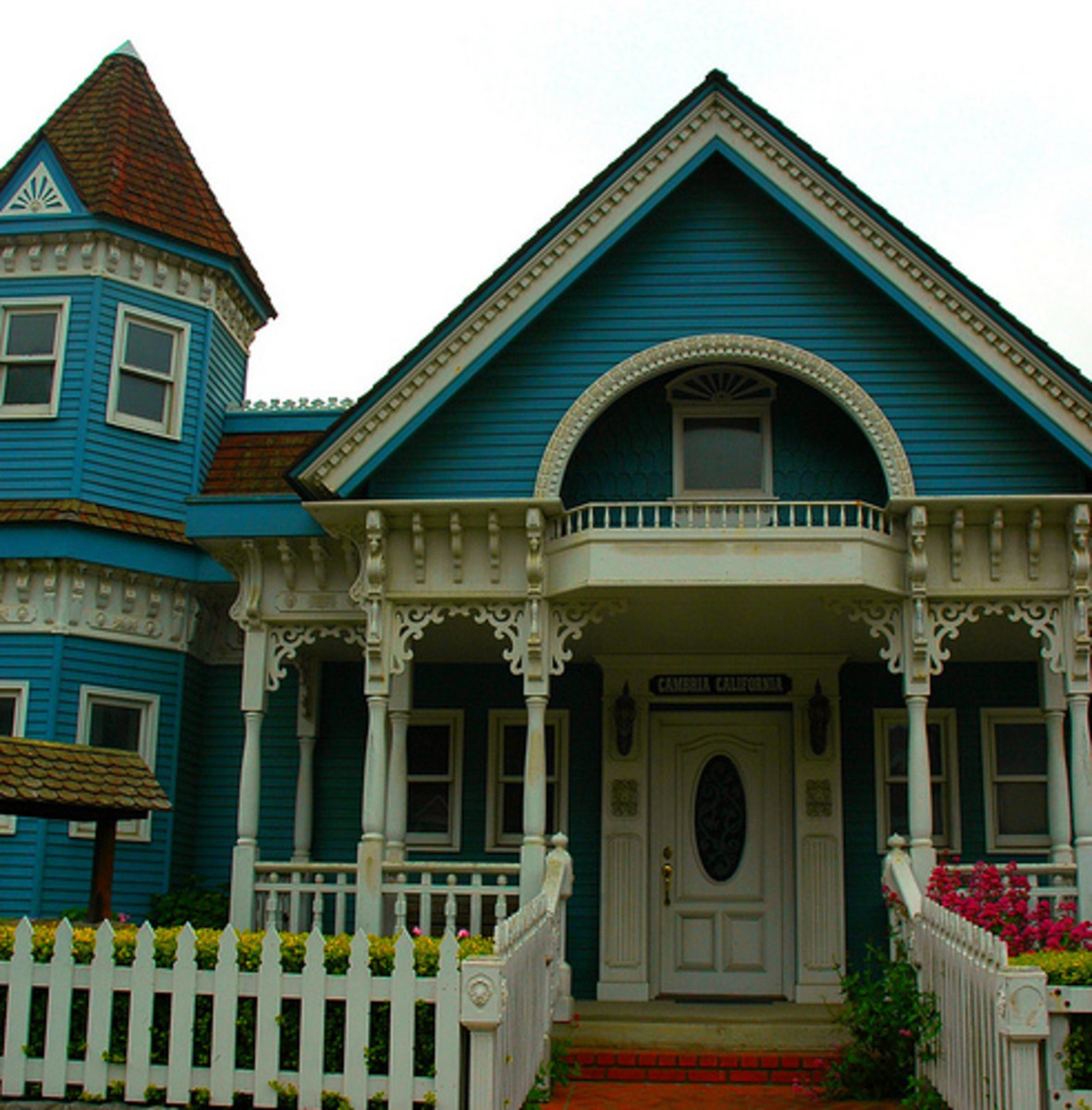 All About Victorian Style Homes