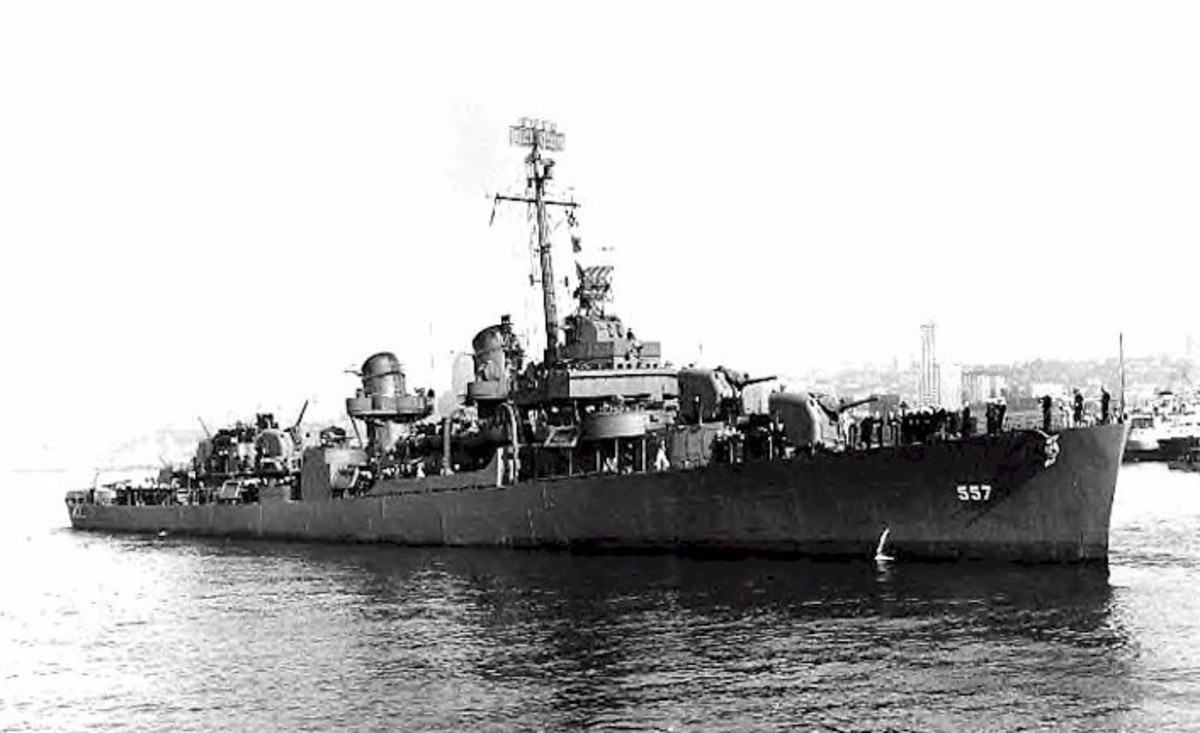 World War 2 History: Destroyer USS Johnston Attacks Battleships and Cruisers