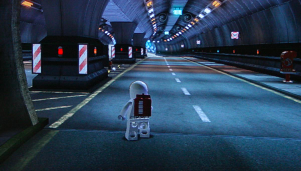 LEGO City Undercover Walkthrough: Crescent Park Collectibles