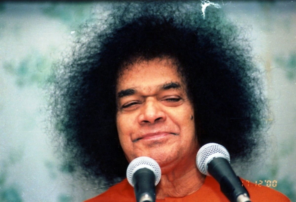 The Power of the Lord's Name and the Efficacy of Namasmarana According to Sri Sathya Sai Baba