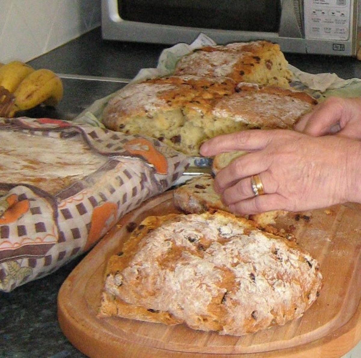 Irish soda bread with sultanas recipe