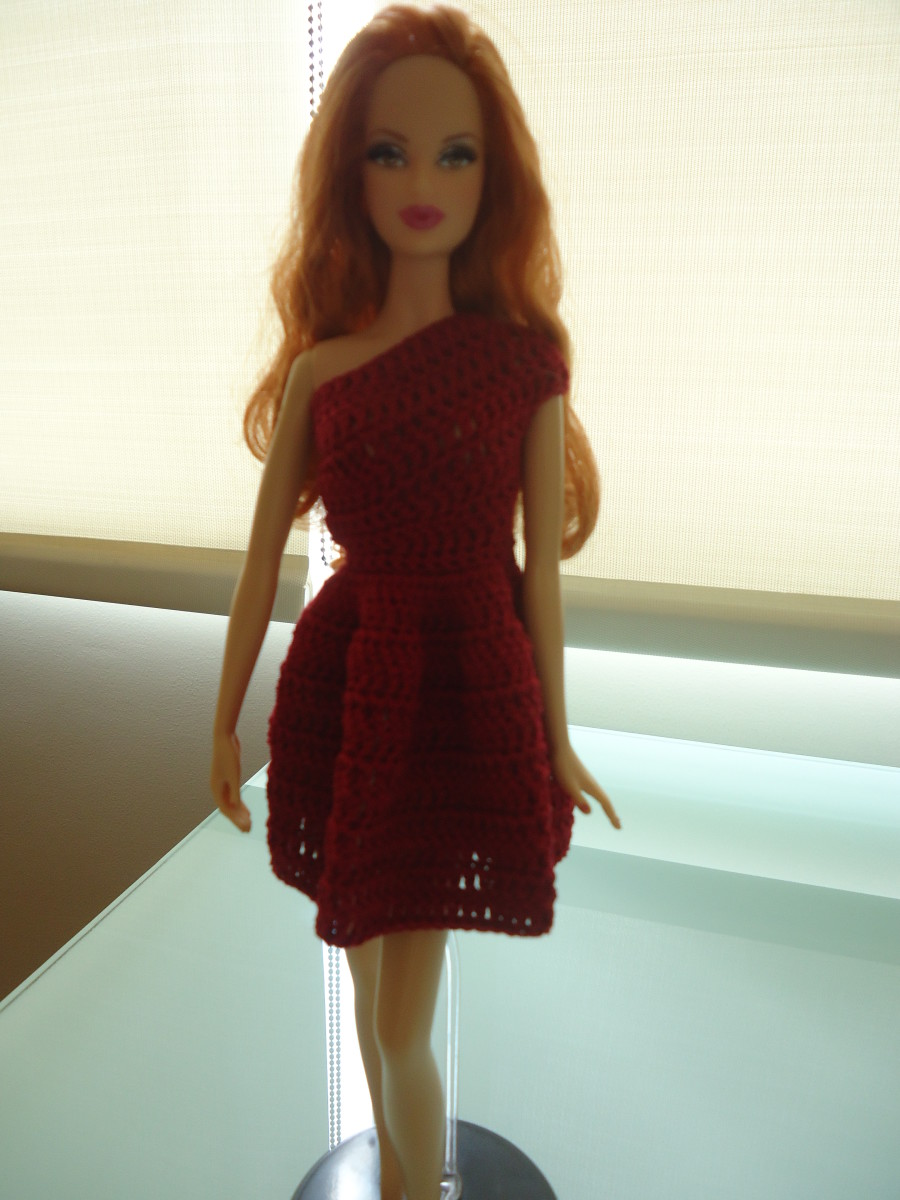 Barbie One-Shoulder Day Dress (Free Crochet Pattern)