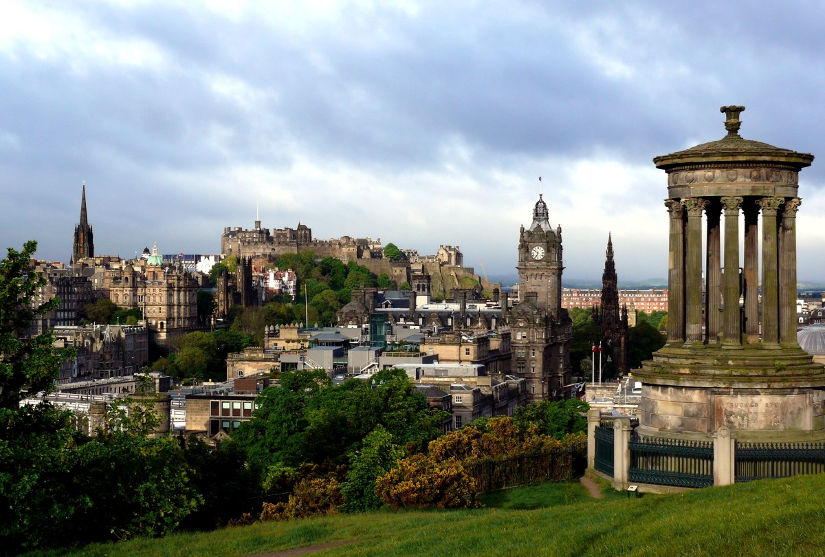 Tourist Tips for Edinburgh: How Not to Annoy the Locals