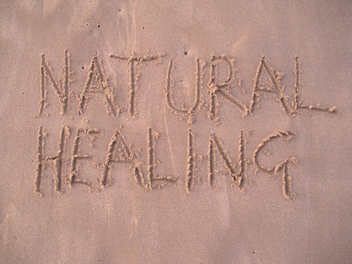 Now I can write in the sand because I no longer have swollen fingers or knee pain when bending. Thanks to one of nature's remedies!