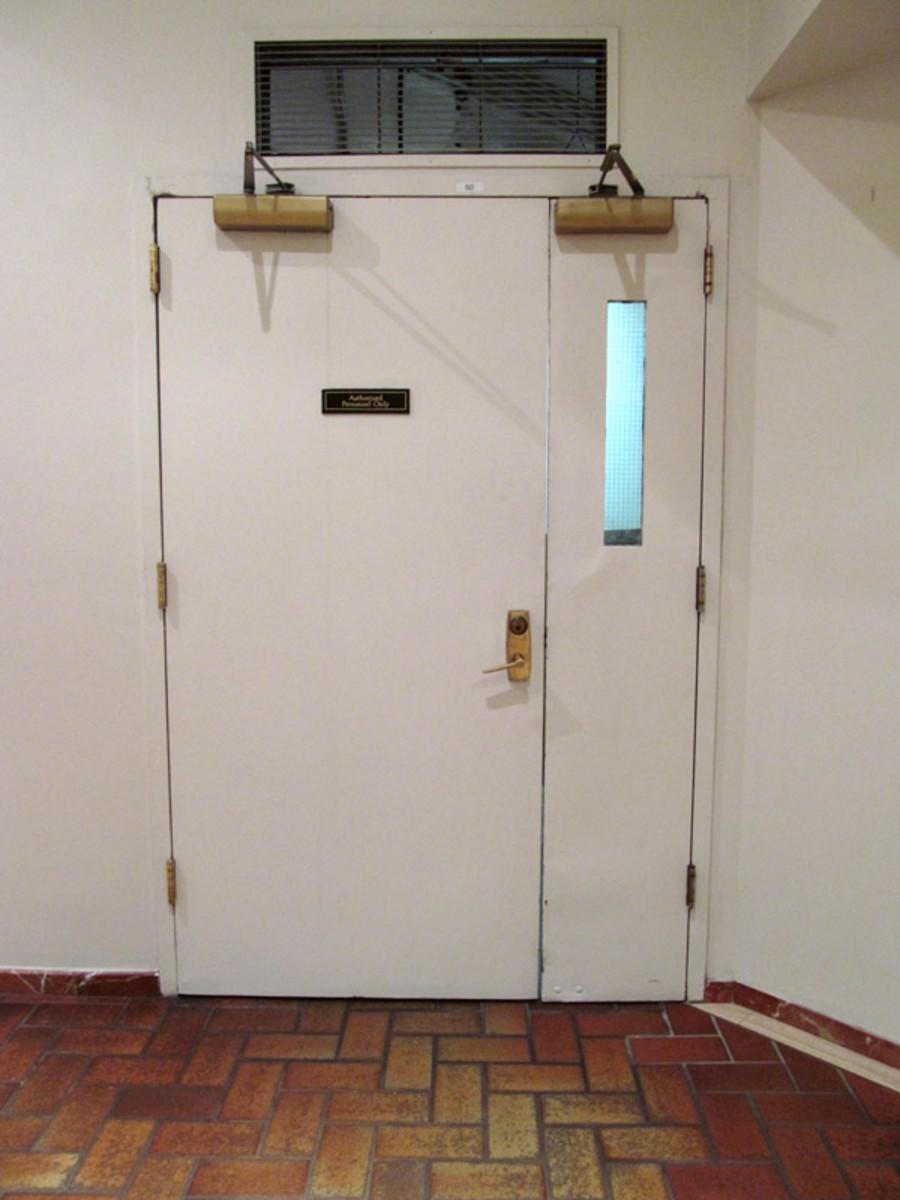 How to Lock an Uneven Pair of Doors
