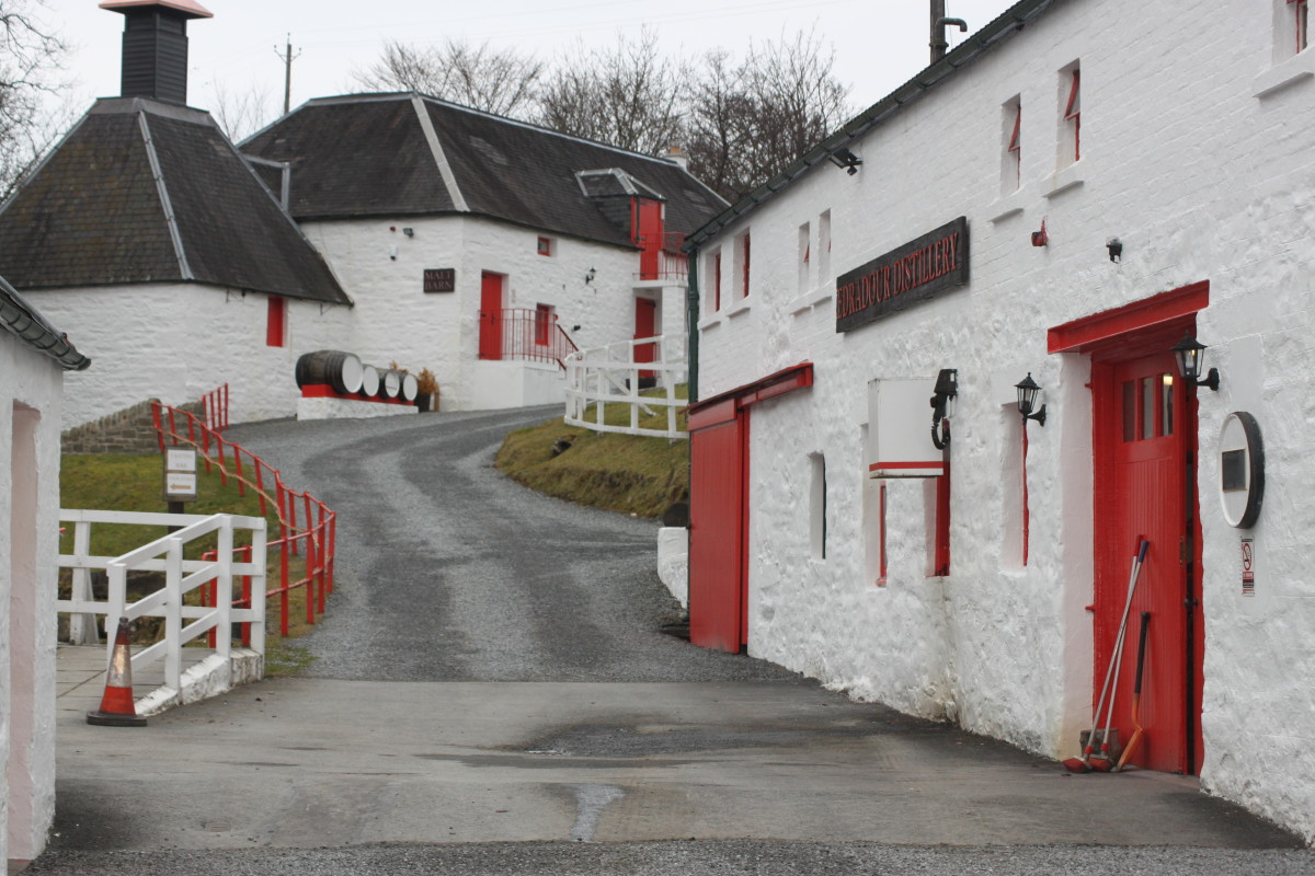 Visiting Edradour, the Smallest Whisky Distillery in Scotland