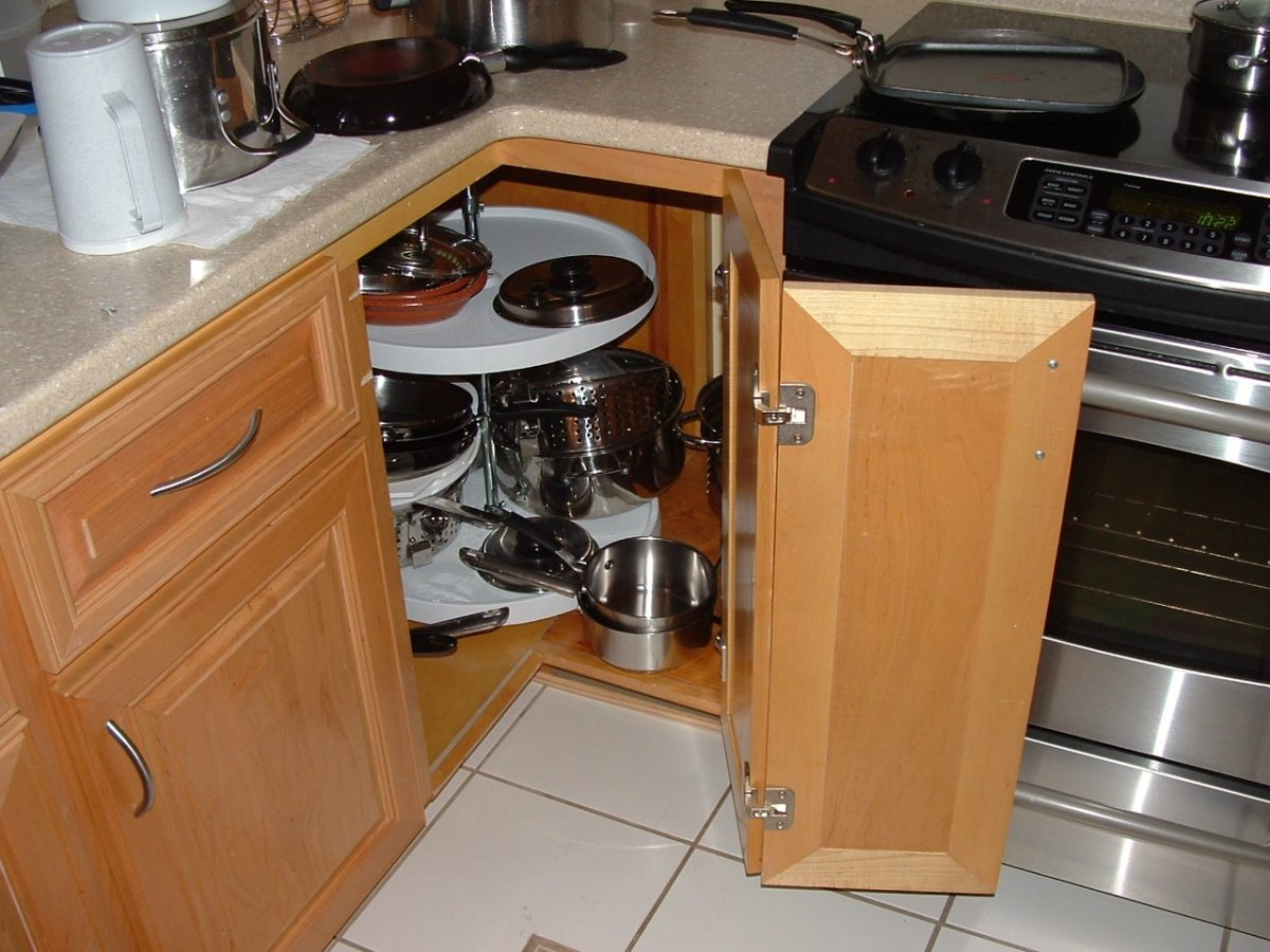 Corner Cabinet Solutions What Are Your Options Dengarden - Kitchen corner cabinet solutions
