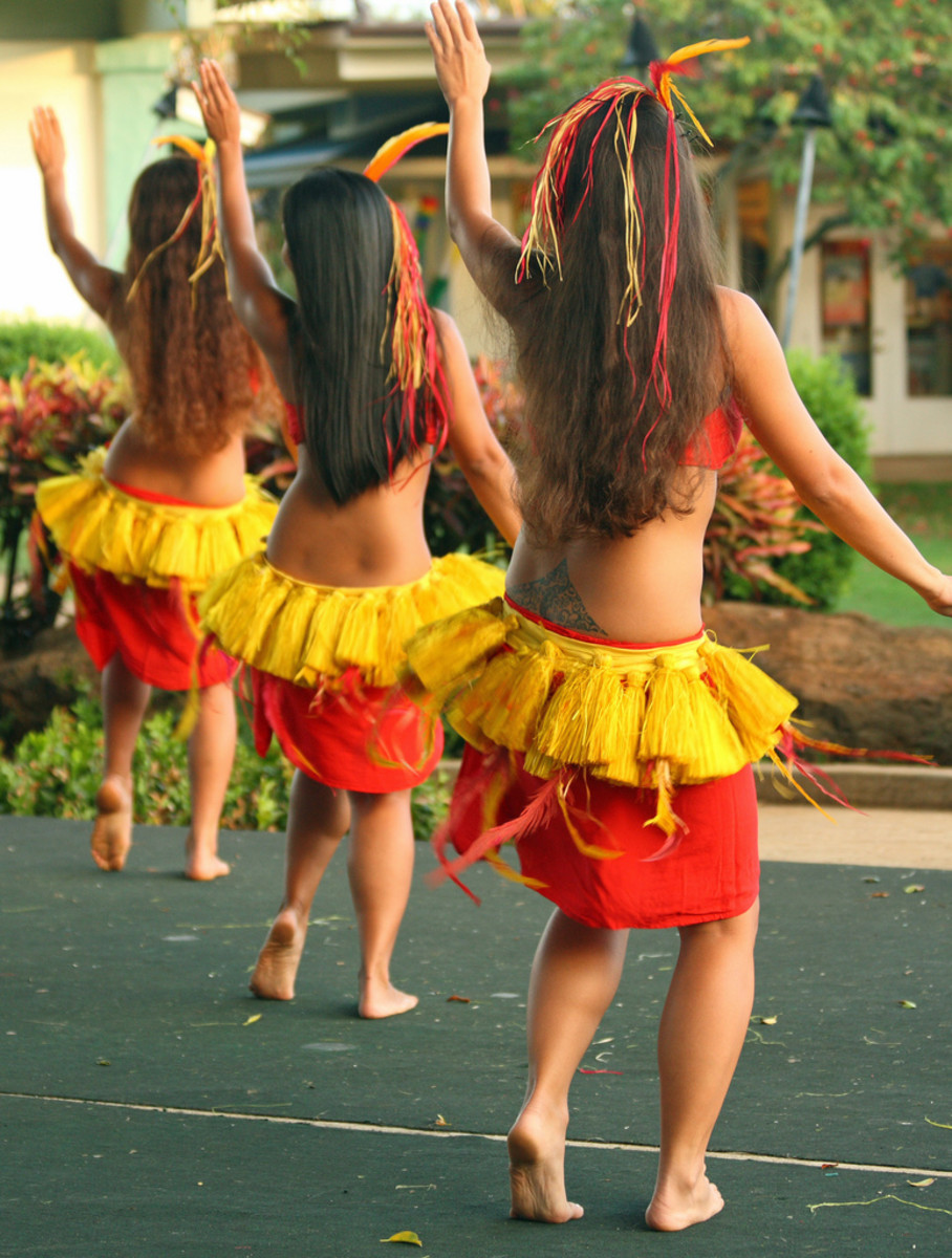 How to Dance Hula: Basic Hula Dancing Techniques