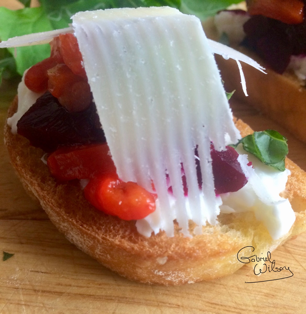 Bruschetta Recipe: Delicious Antipasto With Goat Cheese, Beetroot, and Roasted Red Pepper