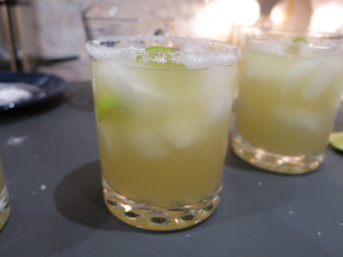How to Make a Texas-Style Margarita With Key Limes