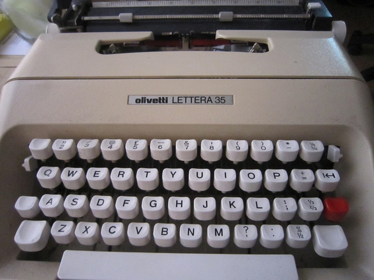 This is the Olivetti Lettera 32 a mechanical typewriter made in 1963.