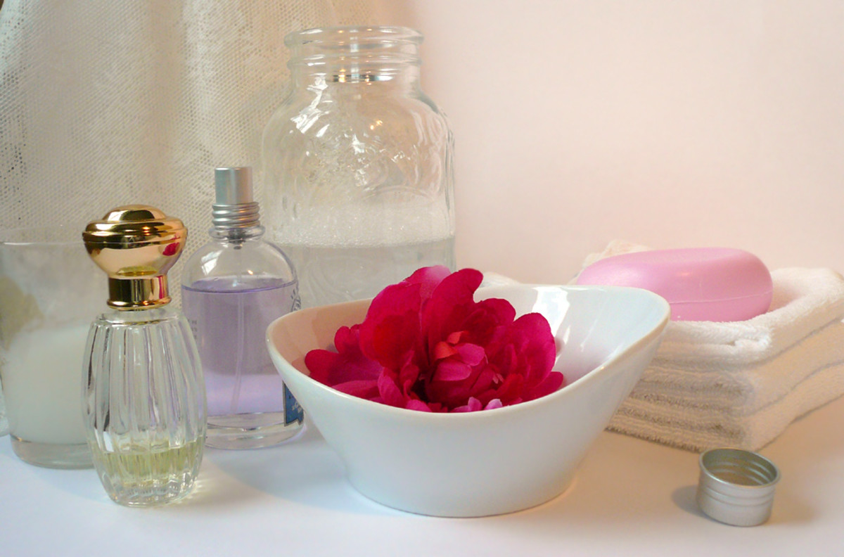 Easy Homemade Perfume Recipes for Women