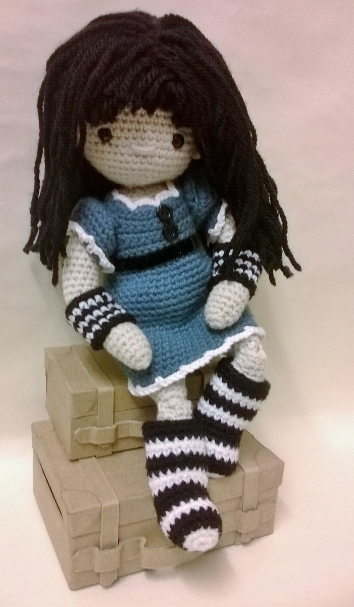 Here's another crochet doll wearing a somewhat different outfit.