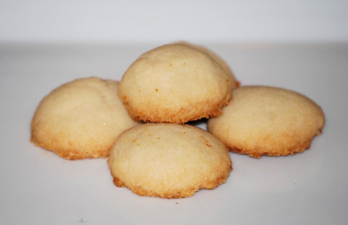 Island Bites: Polvorones (Puerto Rican Shortbread Cookies)