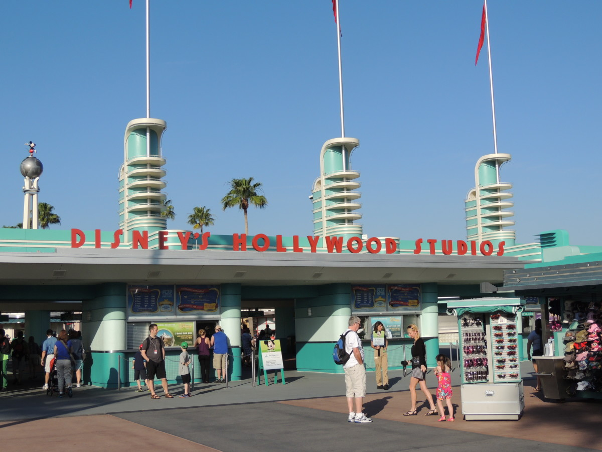 Entrance to Disney's Hollywood Studios (2013)