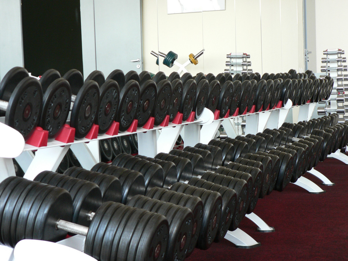 How to Maintain and Care for Weights or a Dumbbell Set