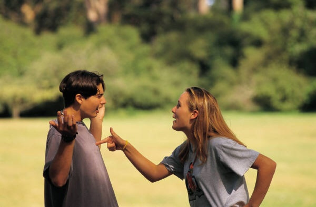 How To Communicate Effectively In A Romantic Relationship