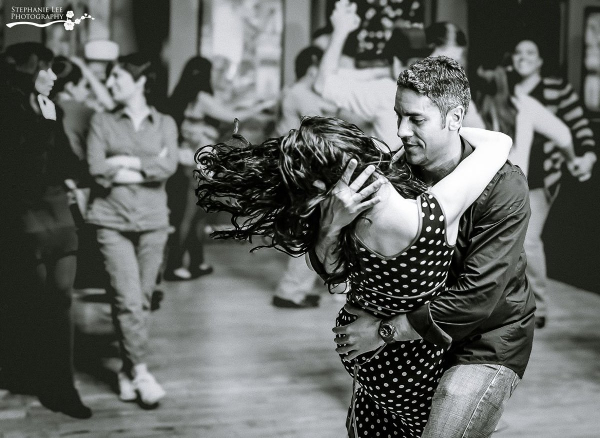 How to Dance Bachata Well (and Become a Good Bachata Dancer!)