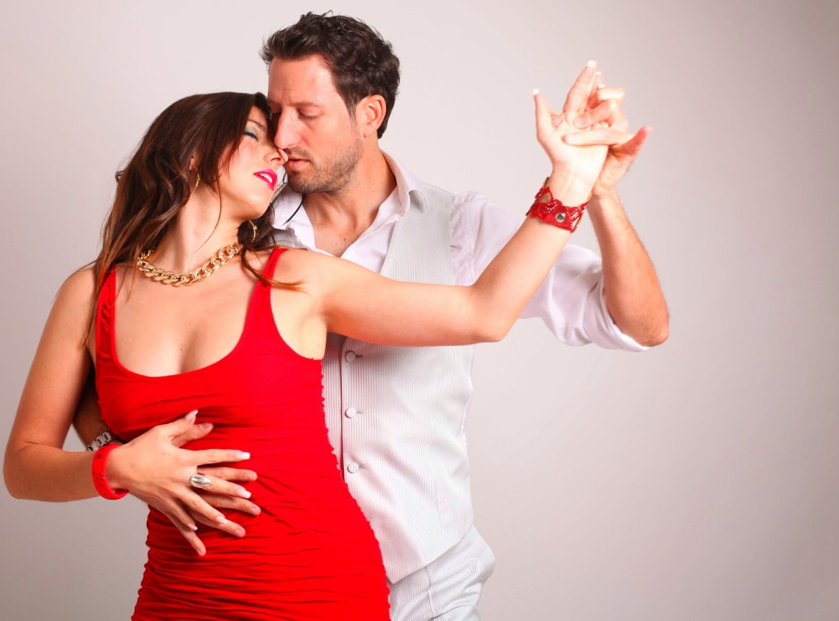 Dating your dance partner can be a beautiful and passionate relationship