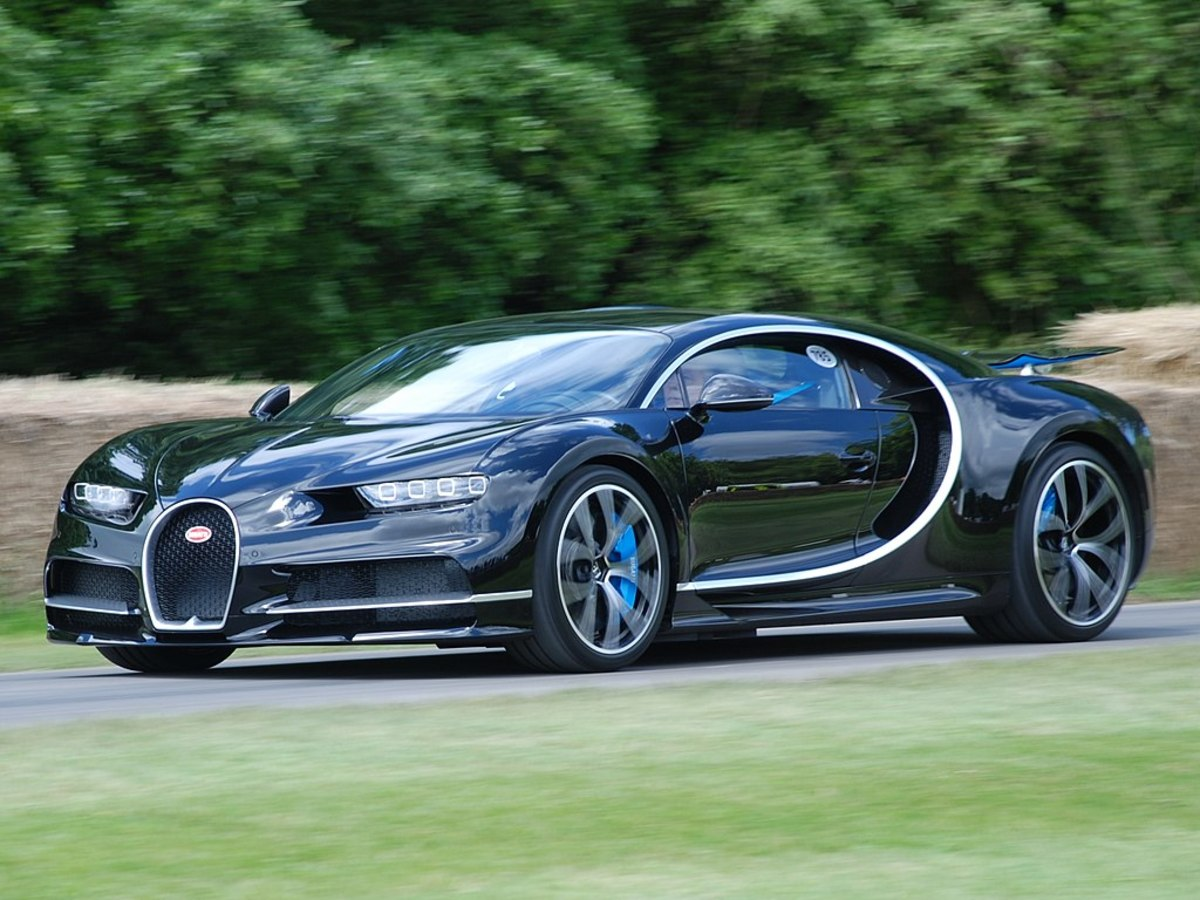 The World's Ten Fastest Cars: Record-Setters From 1980 to Now