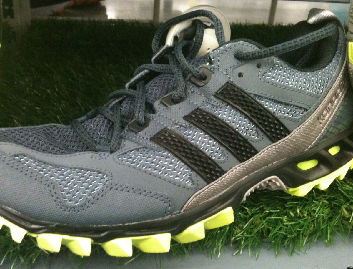 Adidas Kanadia TR5 Trail Running Shoe Review | CalorieBee