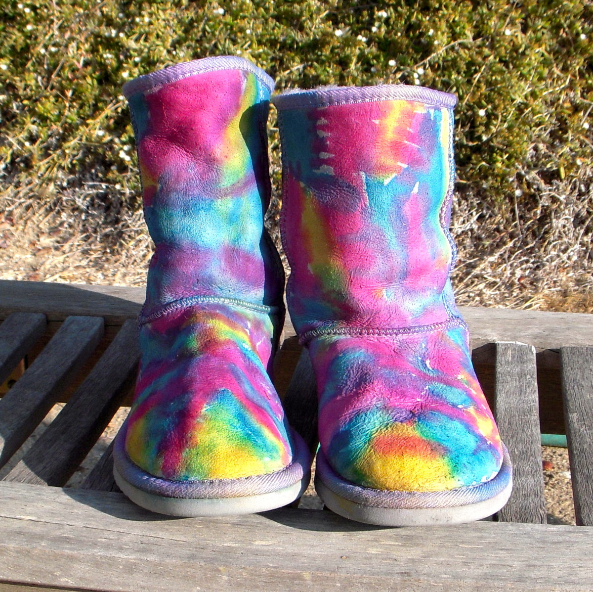 I gave my Uggs a make-over using Tulip One-Step Tie-Dye!