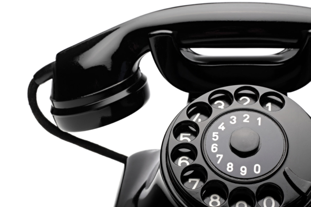 Why Cold Calling Is Dying and What It Means for Sales