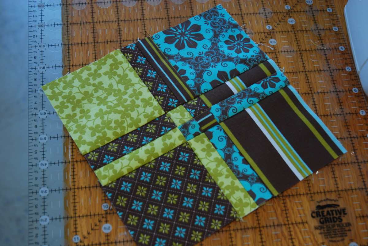 Disappearing 4 patch quilt block pattern
