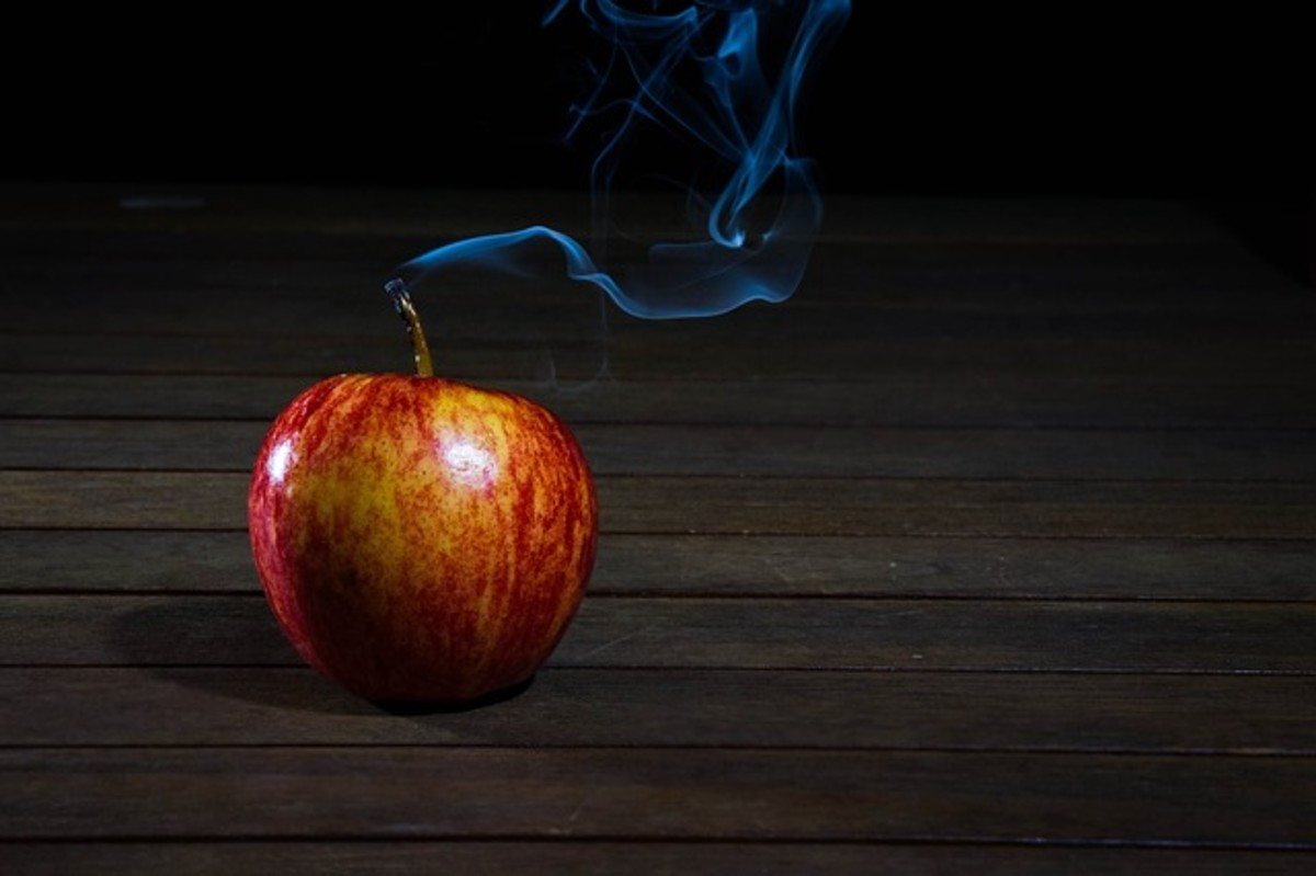 A Samhain Apple Spell: Dissolving Links to the Past