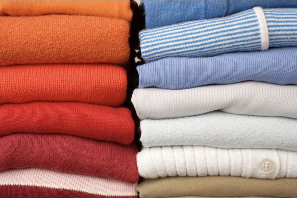 There's nothing quite like a fresh load of clean clothes washed with your own homemade, green laundry detergent.