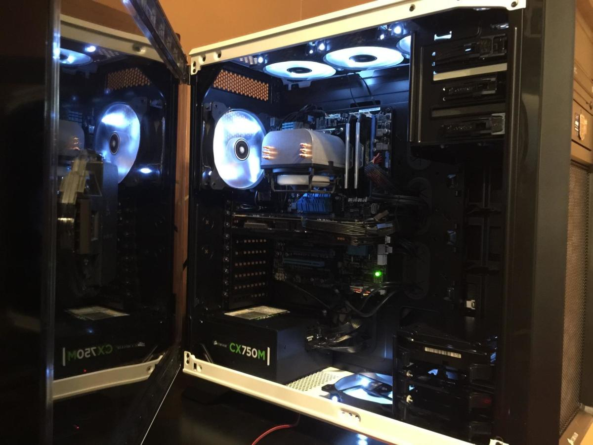 We take a look at our favorite full tower cases from $100 to $300 and give you an idea of which new and old chassis give the best value for what you spend. Pictured: Corsair Graphite 760T