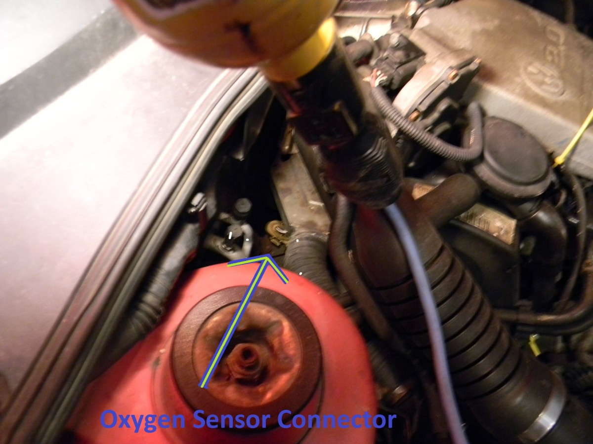How to remove the pre-catalytic oxygen sensor on a mk3 VW 4-cylinder car