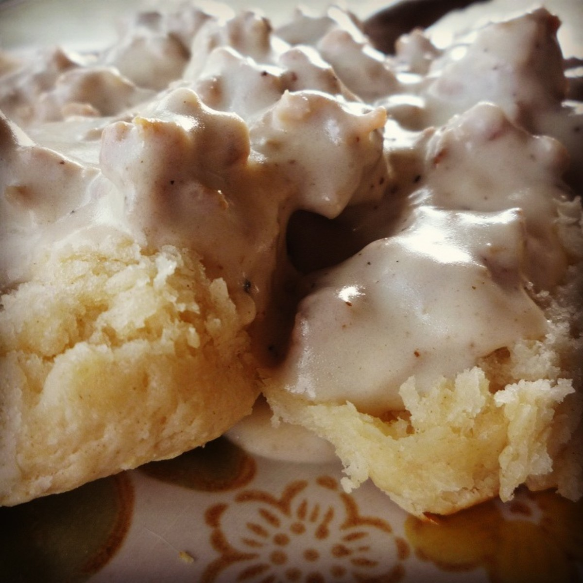 How to Make Easy Homemade Southern Buttermilk Biscuits and Sausage Gravy