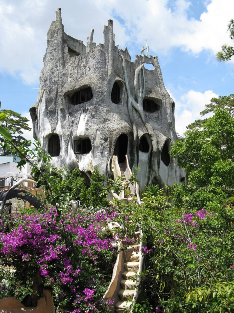 The world 39 s weirdest houses 40 unusual homes from around for Top 10 beautiful houses