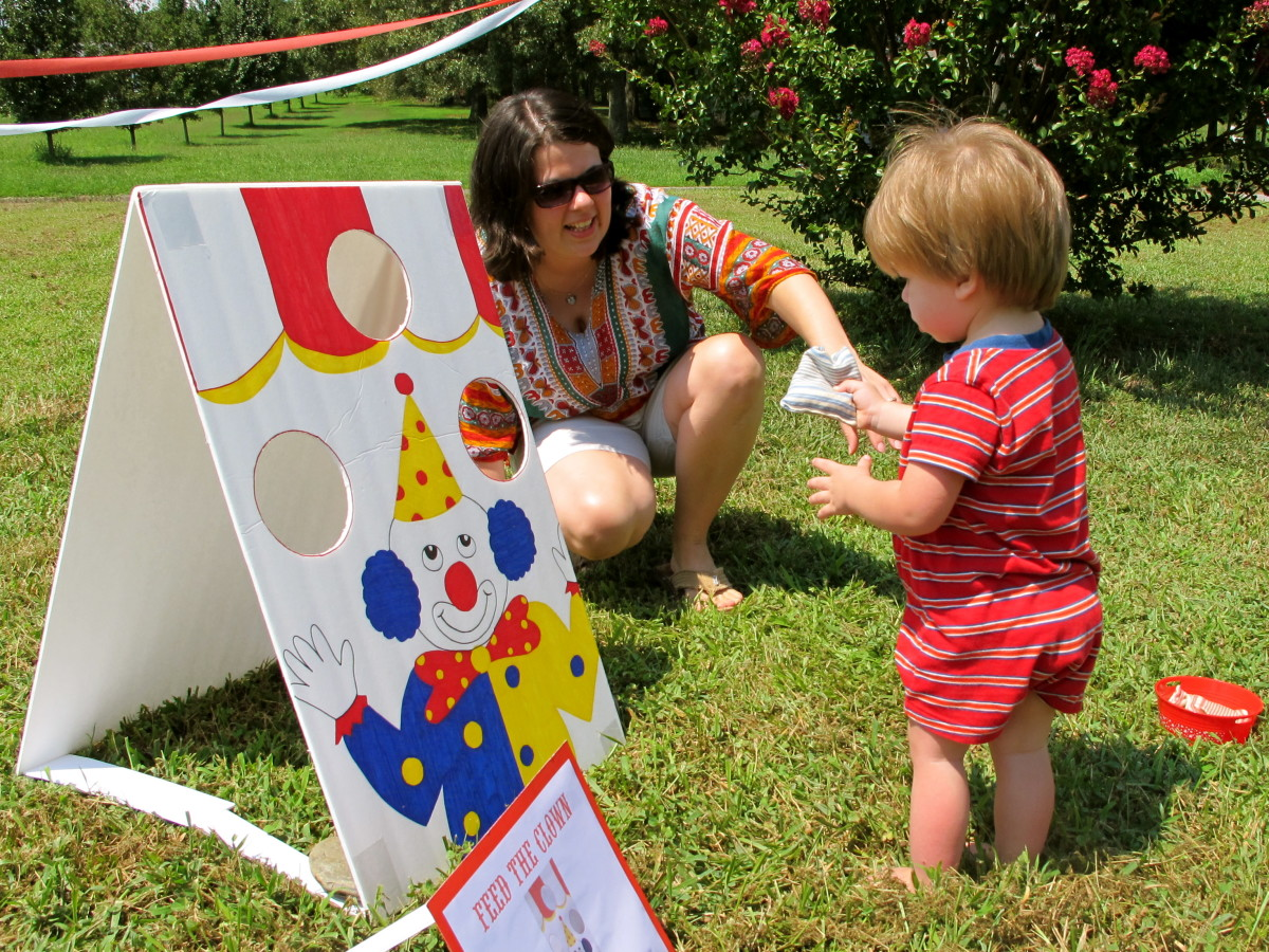Games are essential for a carnival party.
